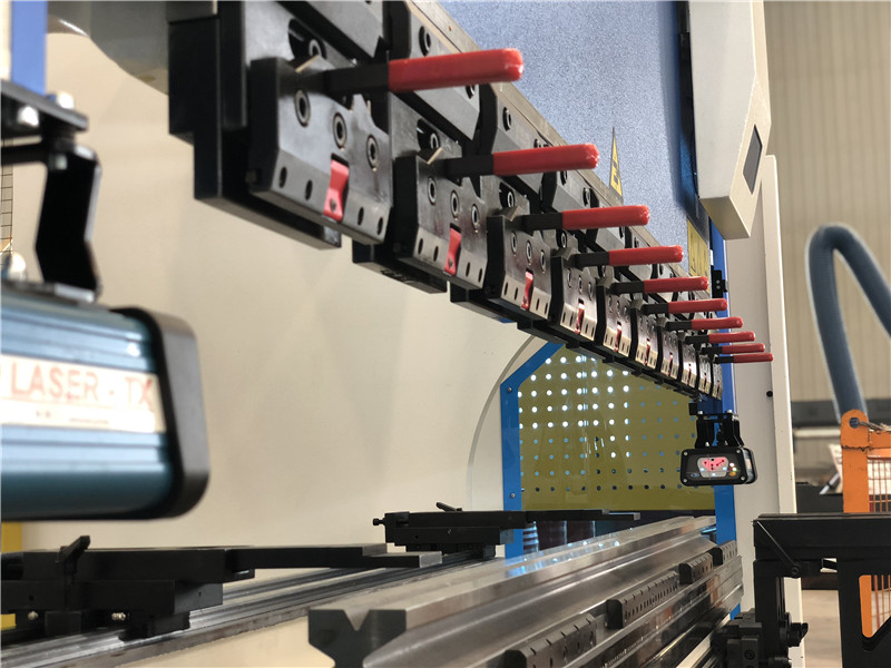 Accurl Europe style Clamping