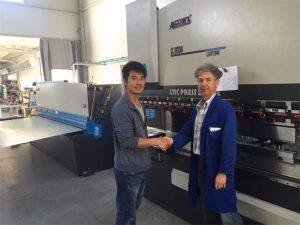 Client Visit de Xipre. Premsa de màquina de fre i màquina talladora a la nostra fàbrica