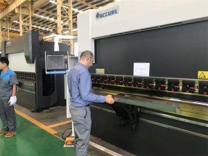 Màquina d'assaig de client d'Iran a la nostra fàbrica 3