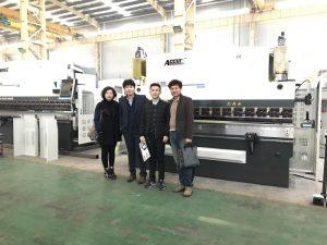 Els clients coreans visiten la nostra fàbrica