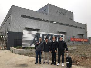 Els clients de Rússia visiten la doble màquina de doblatge en la nostra fàbrica