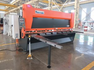 màquina talladora de xapa d'alumini