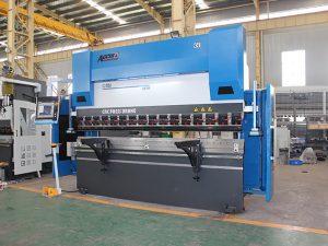 màquina de fre gran de premsa